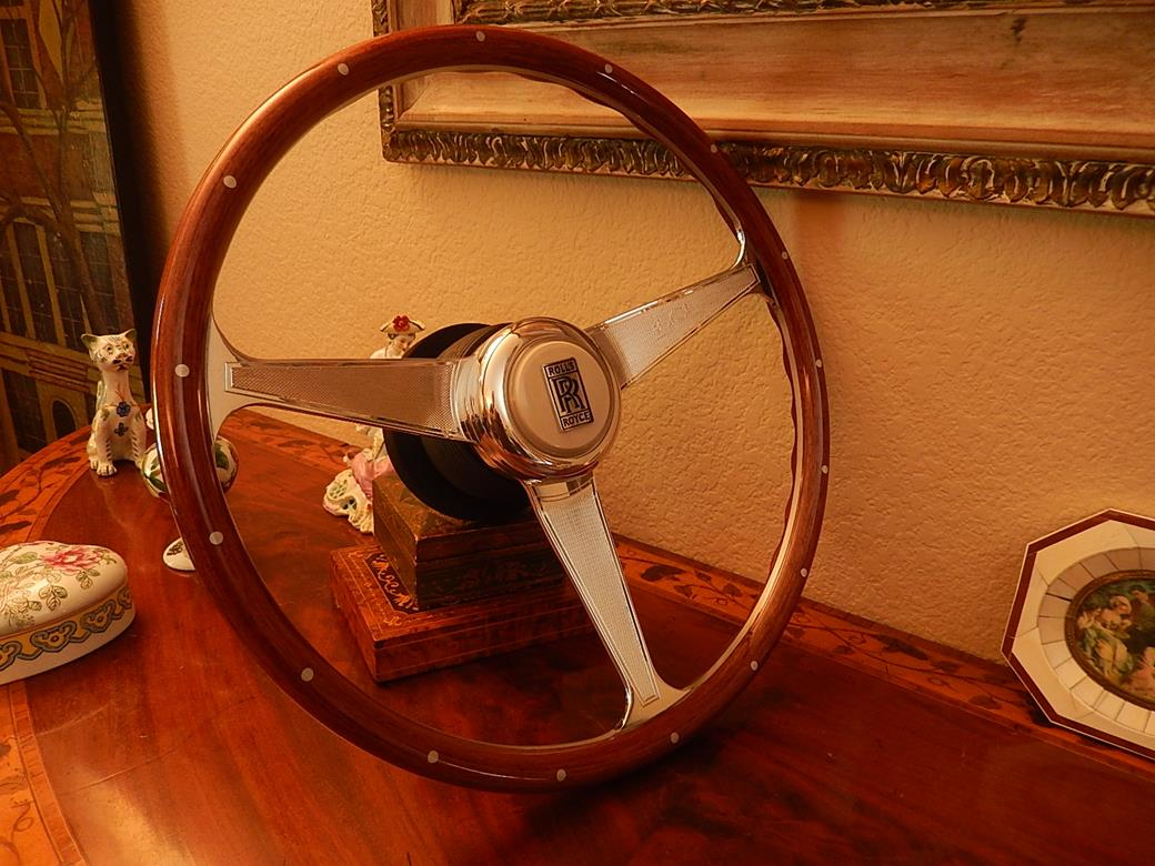 114 Rolls Royce Steering Wheel