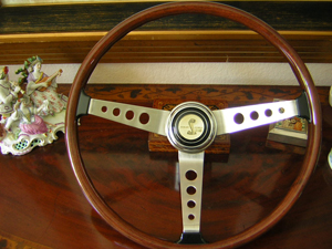 shelby 67-68 wood steering wheel