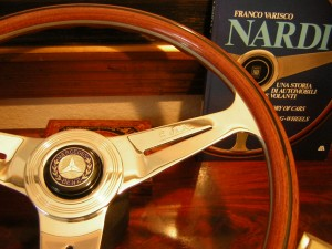 Nardi Wood steering wheel fits Mercedes 280SL – 280SE
